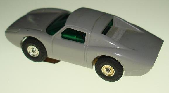 Atlas Aurora HO Scale Porsche 904 Comparison Body Rear View