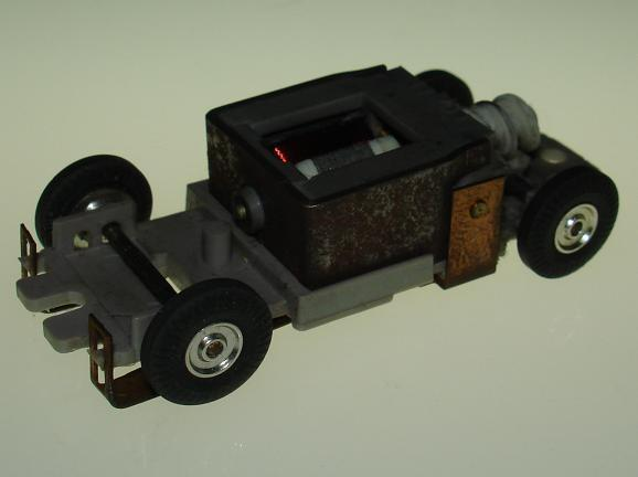 Atlas HO Scale Grey Version I Chassis Motor View